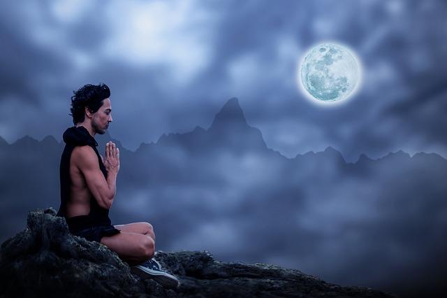 meditace při úplňku.jpg