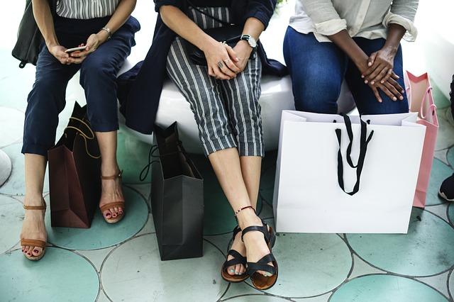 ženy a nákupy.jpg